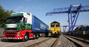 Автомобилен и железопътен транспорт
